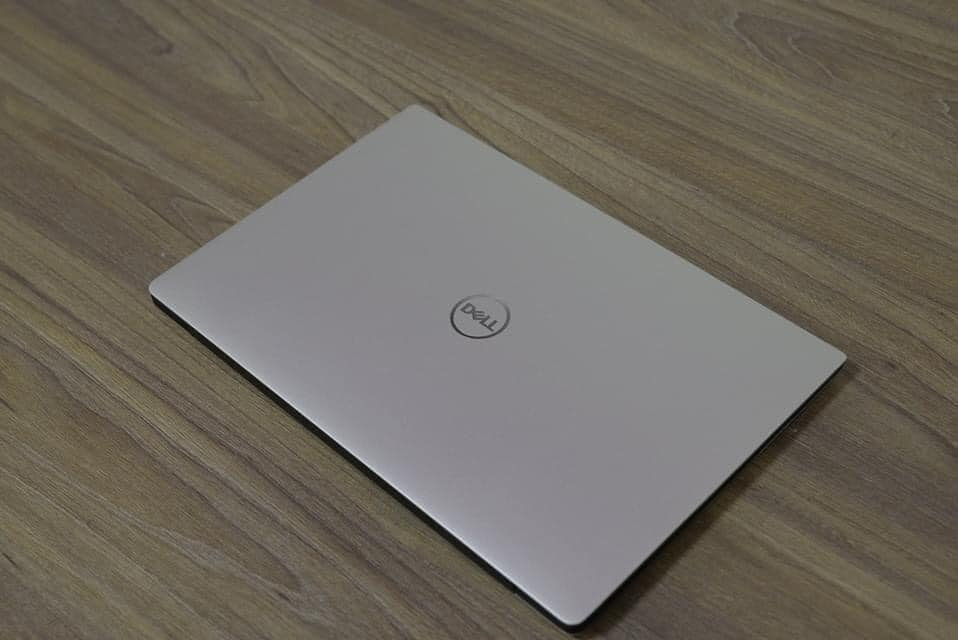 XPS 13 7390